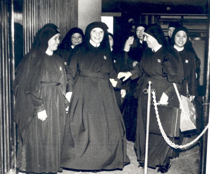 1962 - Tecla a Manila
