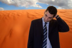 Uomo e deserto