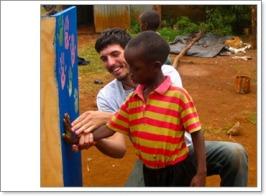 missionario e bambino cv