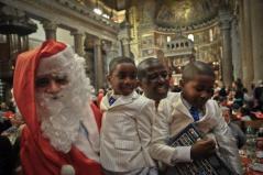 Il_Pranzo_di_Natale_2012_nella_Basilica_di_Santa_Maria_in_Trastevere_16